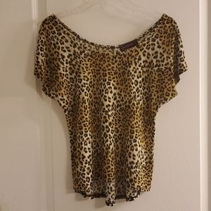Annabelle Leopard Short Sleeve Top